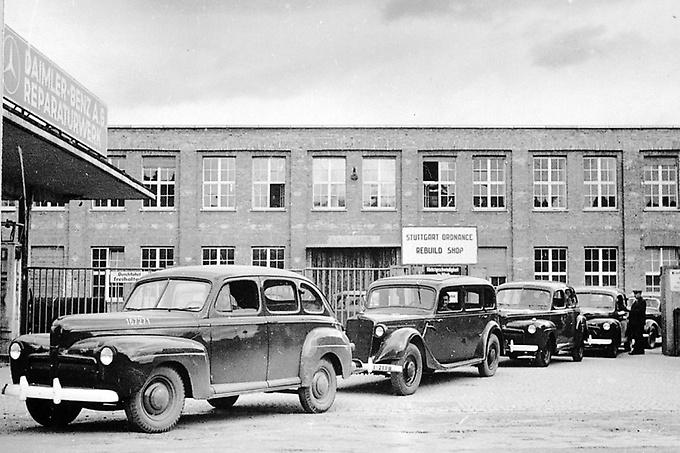 Mercedes-Benz: Reparación de vehículos militares americanos en Untertürkheim en 1945