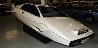 Barnfinds: Lotus Esprit 007 James Bond | EON Productions & others