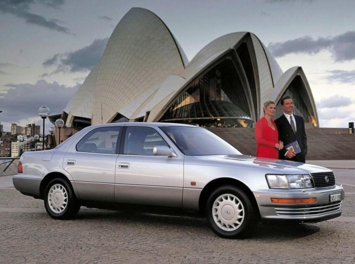 Coches clásicos japoneses: Lexus LS 400