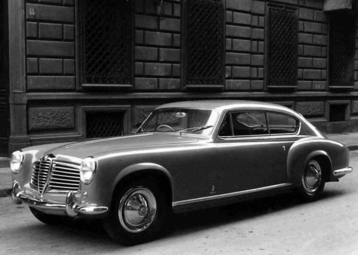 Diseño italiano de automóviles: Ghia-Aigle