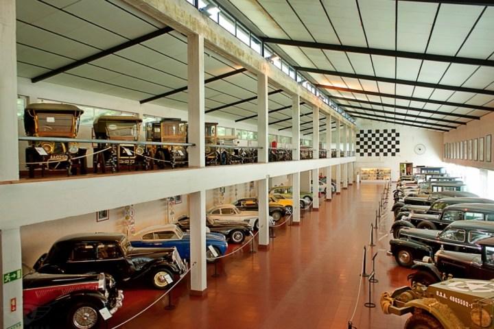 Museos de Coches de España y Portugal: Museu do Caramulo