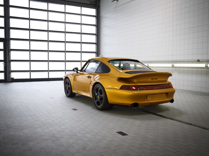 "Porsche 911 Turbo Classic Series ""Project Gold"" (2018) 