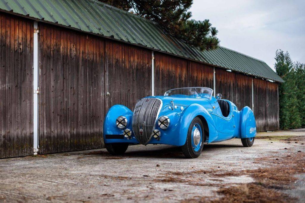 Artcurial 1937 Peugeot 402 DS Darl'Mat Sport roadster 321.840 €