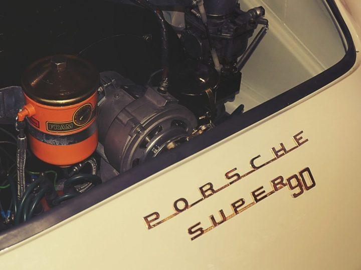 Tipografía Porsche 356