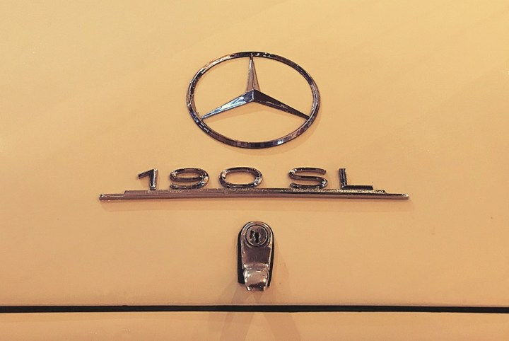 Typography Mercedes-Benz 190 SL