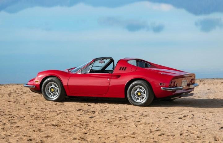 Ferrari Dino 246 GTS by Scaglietti (1974) 302.000 $ | RM Sotheby's