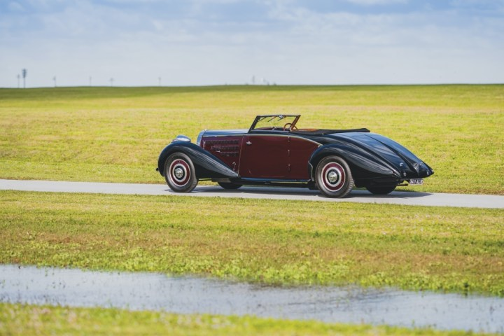 Bugatti Type 57 Cabriolet by D'Ieteren (1938) | RM Sotheby's