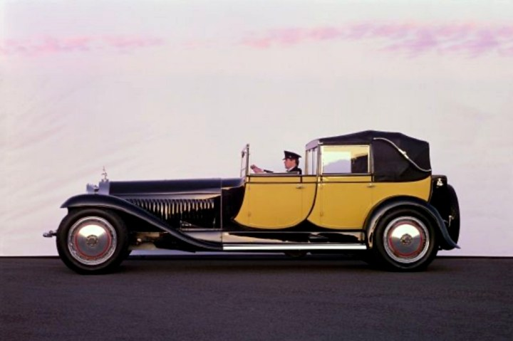 Bugatti Royale Berline de Voyage (1931) vendido por Kruse International en Reno, Nevada el 15.6.1986 por 6,5 M$ (15,2 M$)