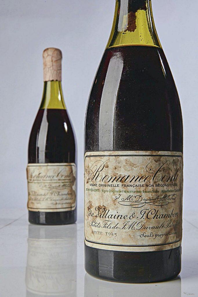 """Botella de vino """"Romanée Conti"""" (1945) vendida por Sotheby's en Nueva York en 2018 por 558.000 $ (573.572 $)"""