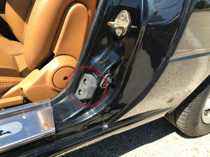Mazda MX-5: tope puertas