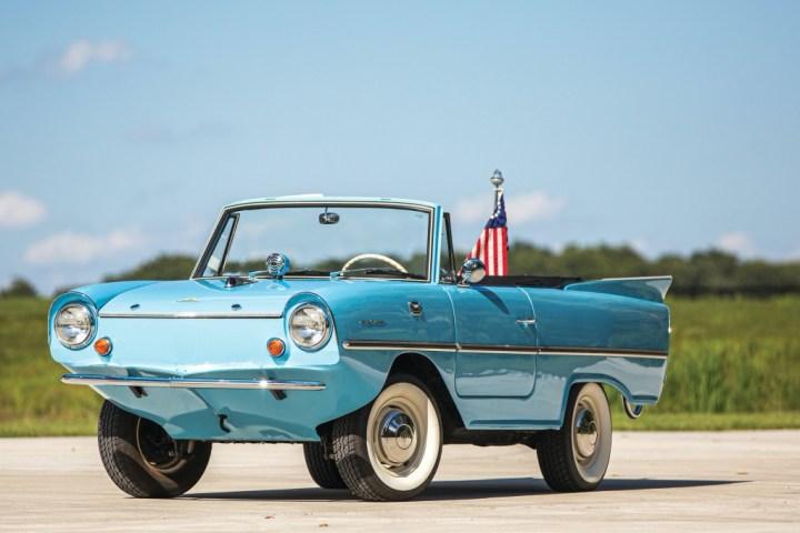 M Sotheby's Elkhart 1966 Amphicar 770 128.800 $