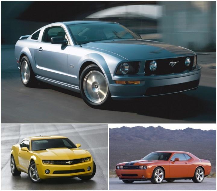 Coches retro: Ford Mustang de 2005, Chevrolet Camaro de 2009 y Dodge Challenger de 2008