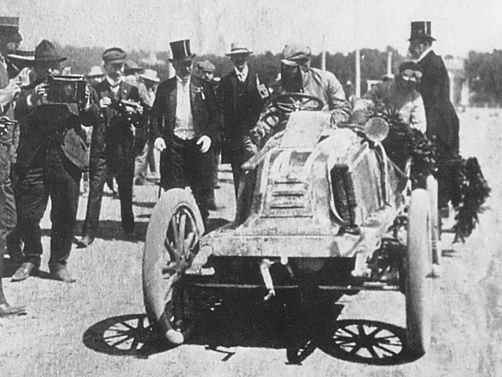 Marcel Renault, ganador de la Paris-Viena en 1902