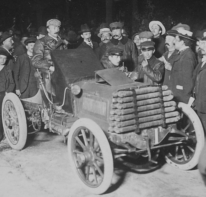 Primeras carreras de coches: Fernand Charron en la Copa Gordon-Bennet el 29 de mayo de 1901 | Collection Jules Beau