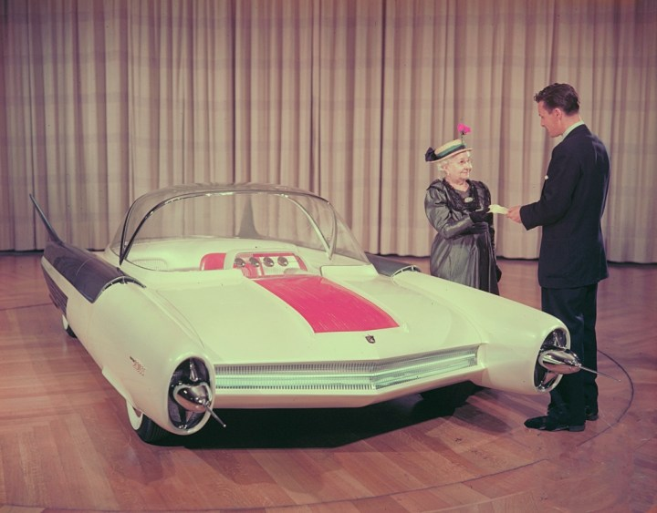 Concept cars: 1954 Ford FX Atmos