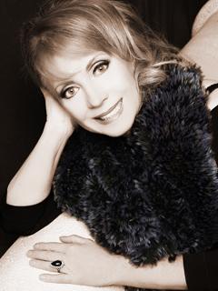 Author Sharrie Williams