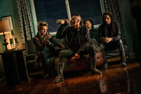 madlife-band-2013-4