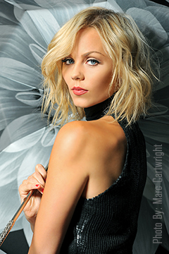 The Amazing Laura Vandervoort