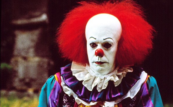 STEPHEN KING'S IT, Tim Curry, 1990