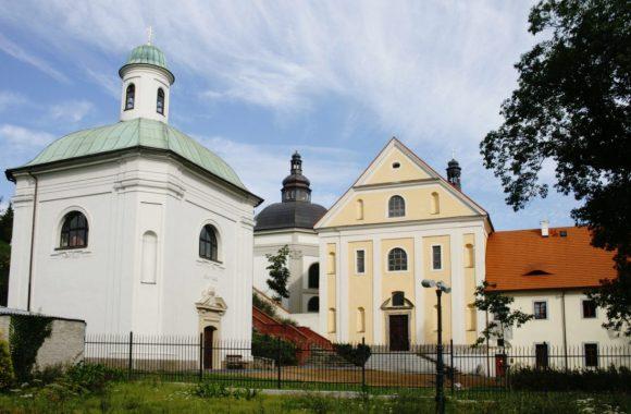 Thumbnail for the Klášterní areál v Ostrově page.