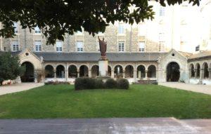 Cloître de la Maison Saint-Sixte