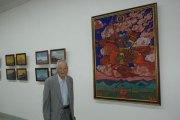 Академик Ш.Бира у картины Н.К. Рериха «Великий Всадник»
