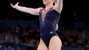 Biles coming back to compete in beam final