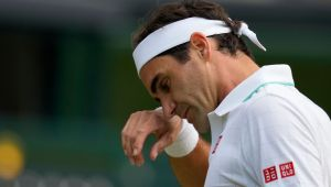 Federer out for 'many months,' to miss US Open