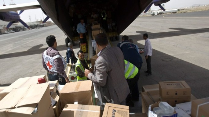 Yemen: Aid supplies arrive amid fears for safety of medical staff