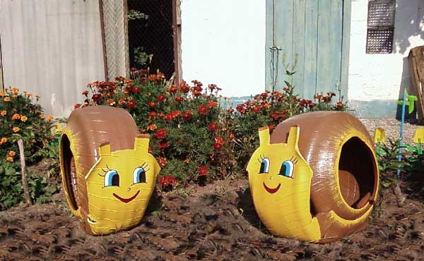 40 Creative DIY Ideas To Repurpose Old Tire Into Animal Shaped