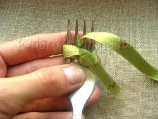 Idéias criativas - DIY cetim fita arco com uma forquilha 4