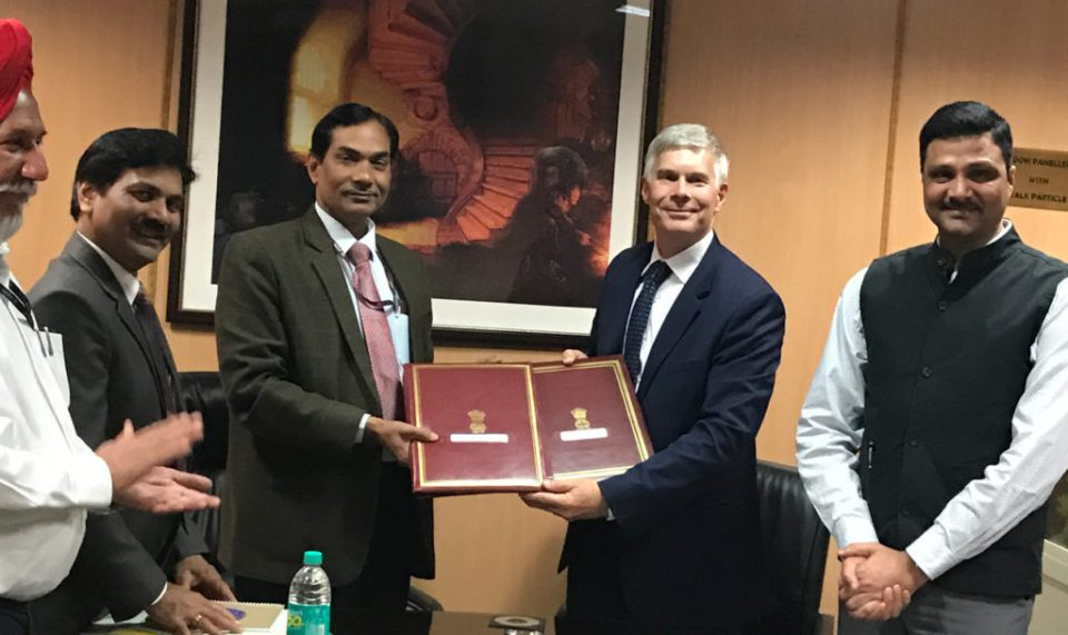 Dr Trilochan Mohapatra, Director General, ICAR with Dr David Bergvinson, Director General, ICRISAT (in the center) sign an agreement of collaboration between ICAR and ICRISAT on 15 March 2017. Also in the picture can be seen Mr C Roul, Additional Secretary, DARE and Secretary ICAR, Dr A K Padhee, Director, Country Relations, ICRISAT, and Dr S Sandhu, Deputy Director General, ICAR.