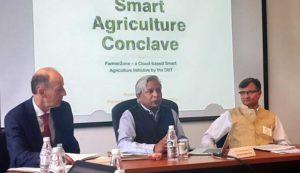 Dr Vijay Raghavan, Secretary-DBT, elaborating the idea behind FarmerZone.