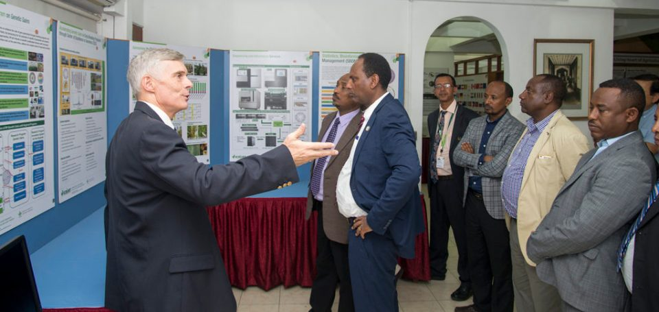 Dr. David Bergvinson explaining the contributions of ICRISAT to India and sub-Saharan Africa to the Ethiopian delegates on 8 March 2018 at ICRISAT, Hyderabad