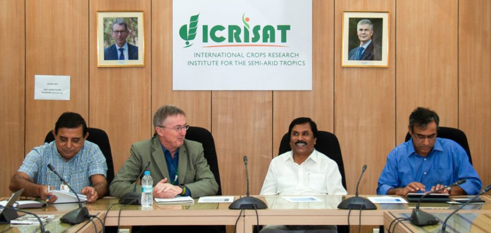 (L–R): Dr Kiran Sharma, Deputy Director General-Research (Acting), ICRISAT; Dr Peter Carberry, Director General (Acting), ICRISAT; Mr NH Shivashankara Reddy, Minister of Agriculture, GoK; and Mr M Maheshwar Rao, Principal Secretary, Department of Agriculture, GoK. Photos: PS Rao, ICRISAT