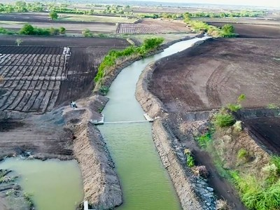 A checkdam constructed in Ukkali to harvest water. Photo: ICRISAT