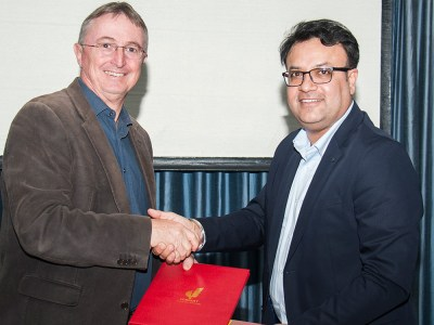 Mr Gagandeep Sethi, Vice President Supply & Logistics–South Asia, AB InBev, and Dr Peter Carberry, Director General, ICRISAT, at the MoU signing. Photo: P S Rao