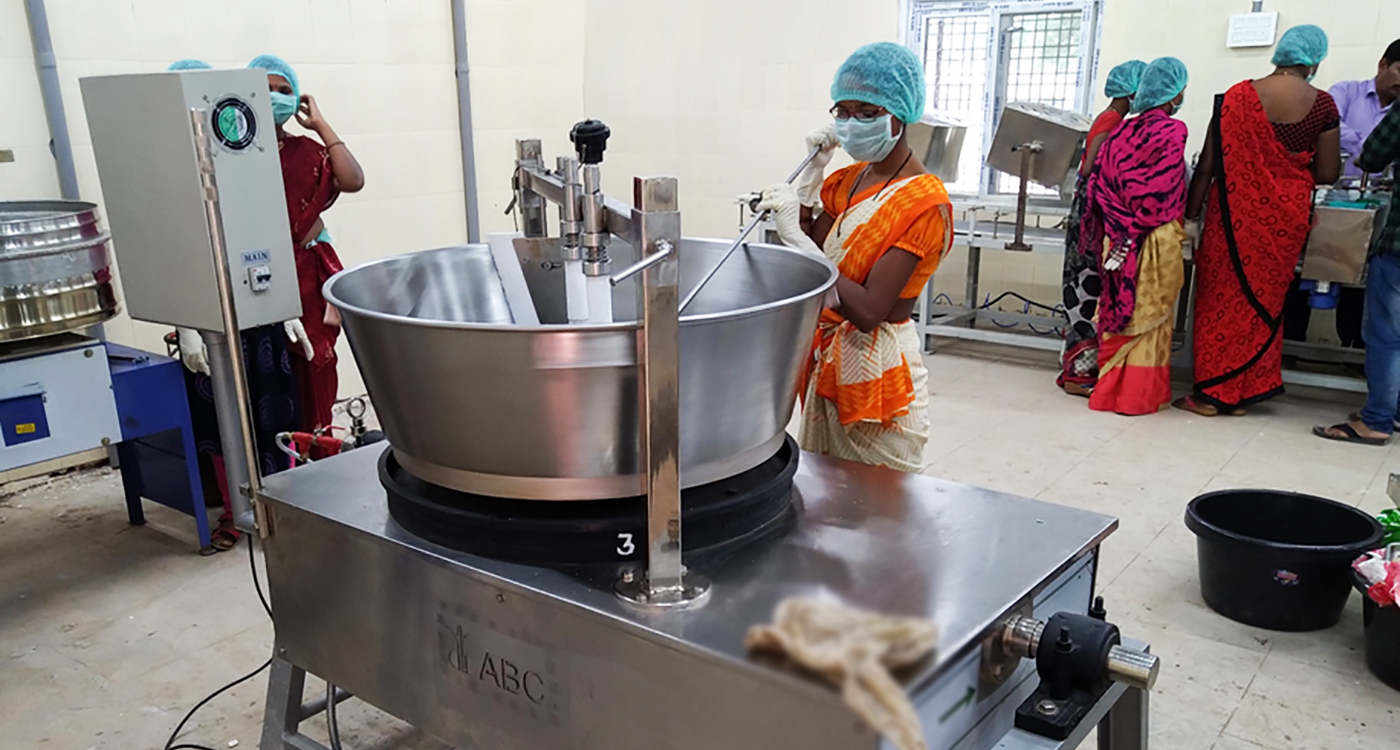 'Chikki' processing unit in Utnoor. Photo: AIP, ICRISAT