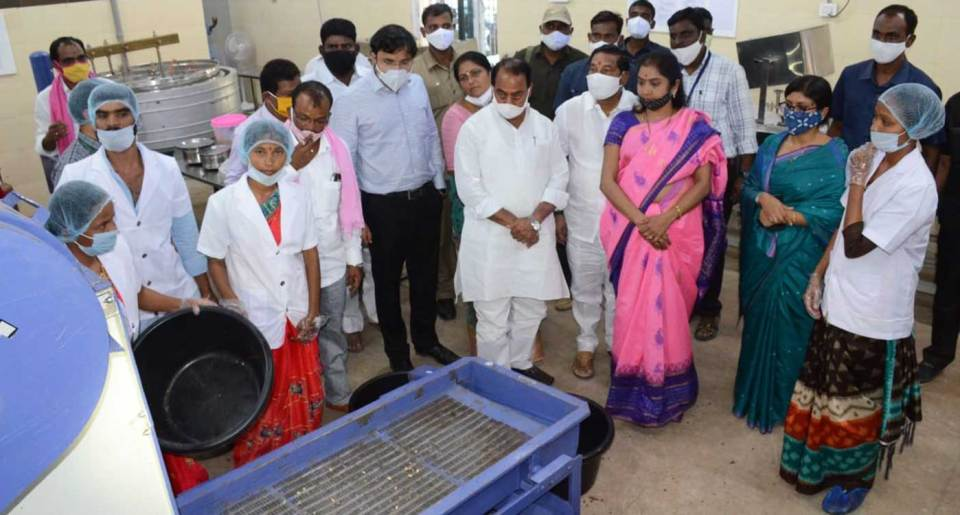 Mr. Indrakaran Reddy, Ms. Ajmera Rekha, MLA Khanapur, and others at the newly opened unit on Monday.