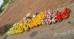 Vegetables for sale by the roadside in Burkina Faso. Photo: World Agroforestry