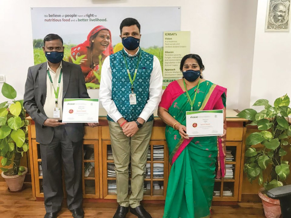 Dr Arvind Padhee, Country Director, ICRISAT, with Mr Kishore Kumar, Executive Assistant (L), and Ms L Mony, Senior Admin Associate (R), at the Delhi office. Photo: P Kumar, ICRISAT