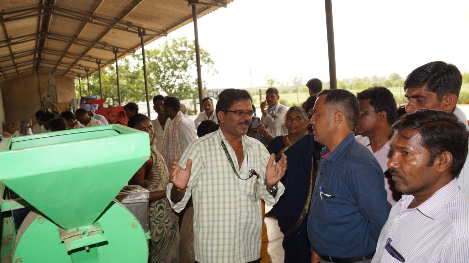 Pigeonpea farmers from the tribal belt of Telangana visit the dal mill. Photo:H Mane, ICRISAT