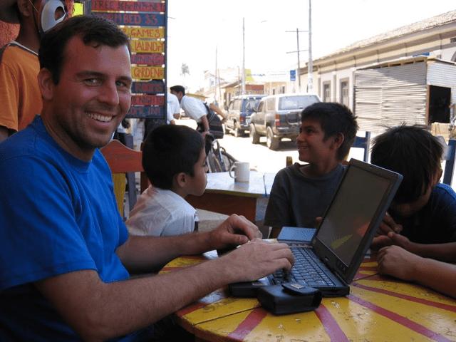 wayan-blogging