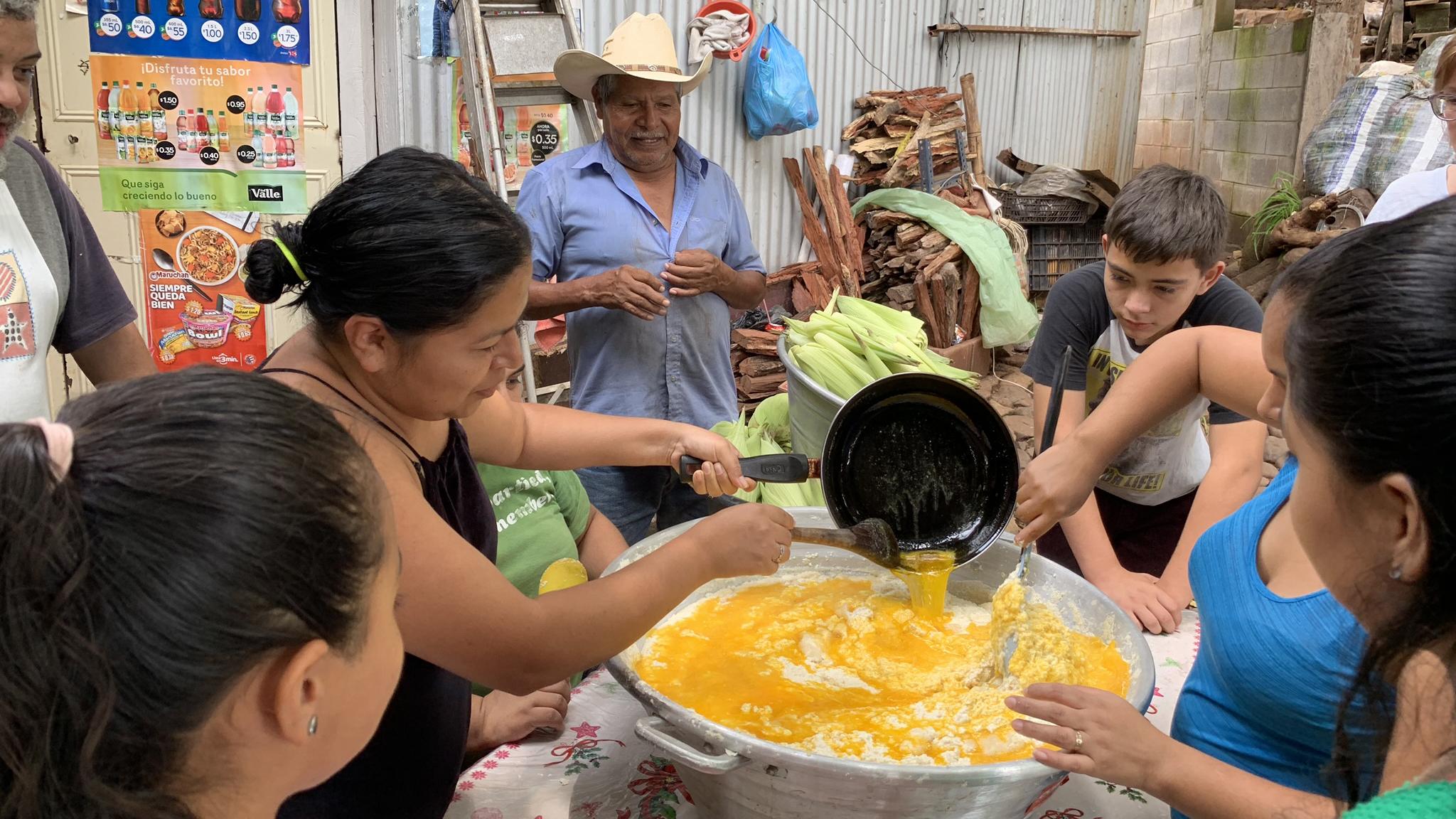 In El Salvador, corn harvest brings together families split by migration