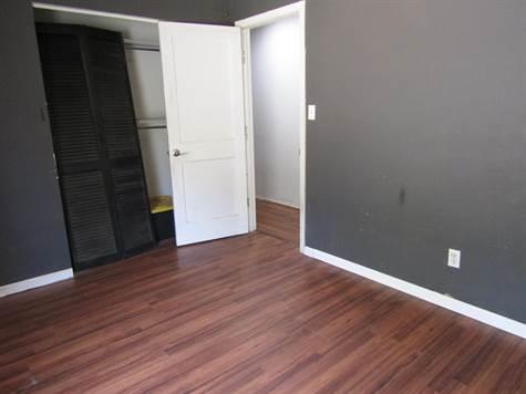 111Banburybedroom