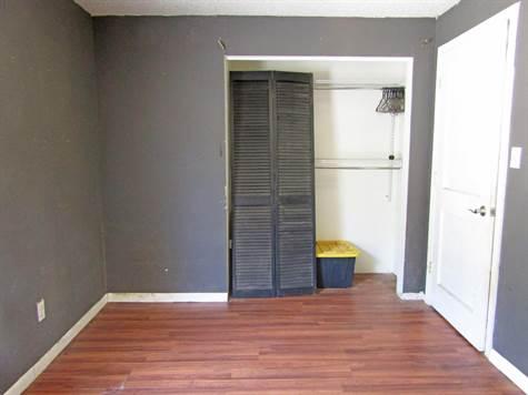111Banburybedroom2