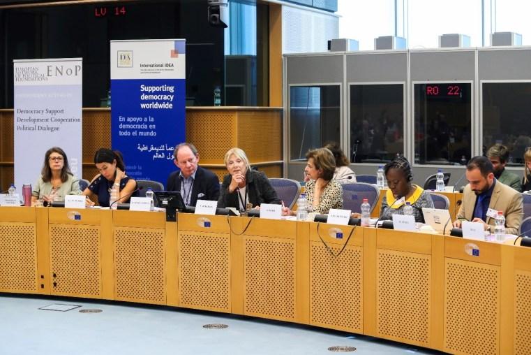 Photo: European Union From 3rd left, Edward McMillan-Scott, Véronique de Keyser, Shada Islam, Apolmida Haruna Tsammani and Mehdi Yehya