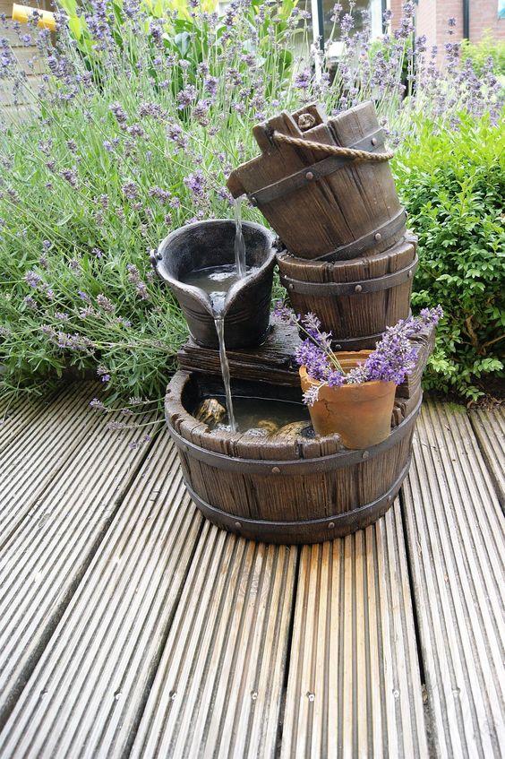 Fontane in legno 15 idee per una fontanella fai da te in giardino