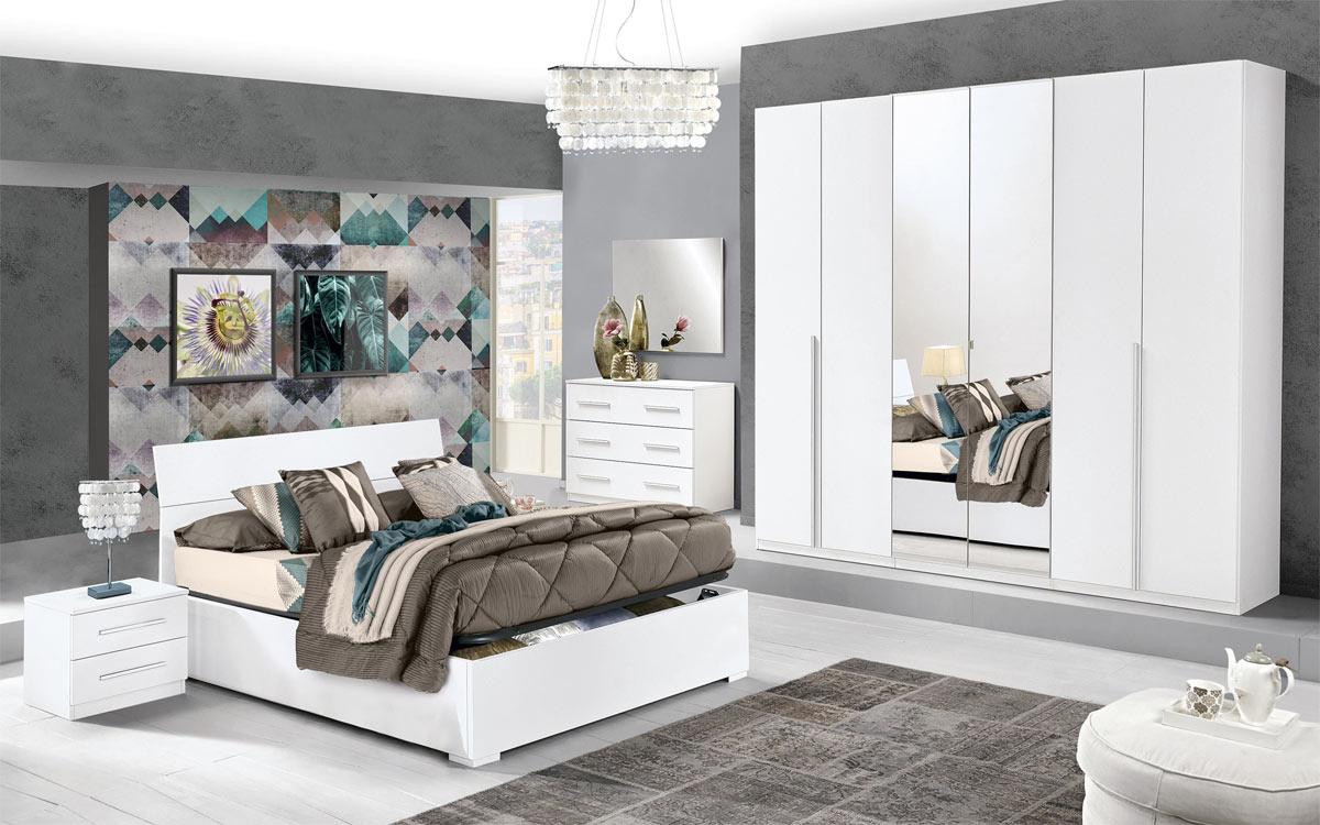 L'accesso al letto superiore è sicuro grazie alla scaletta a gradoni e alla barriera protettiva che. Mondo Convenienza 12 Idee Per Una Camera Da Letto Design