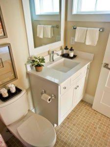 sh13_02-guest-bathroom-EPP6908_3x4_lg